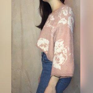 Flower glitch design pullover